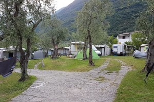 Camping Campagnola is located in the beautiful bay of Campagnola