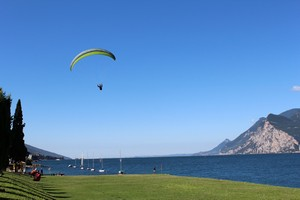 Trekking, nordic walking, mountain bike, paragliding and water sports